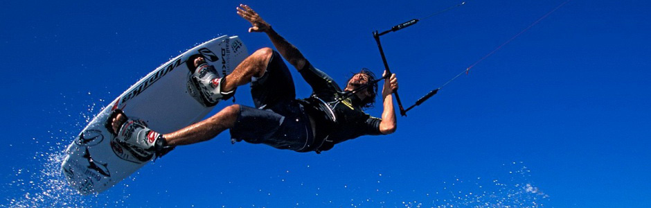 kiteboarding_wallpaper_water_sports_sports_wallpaper_1280_960_1707.jpg